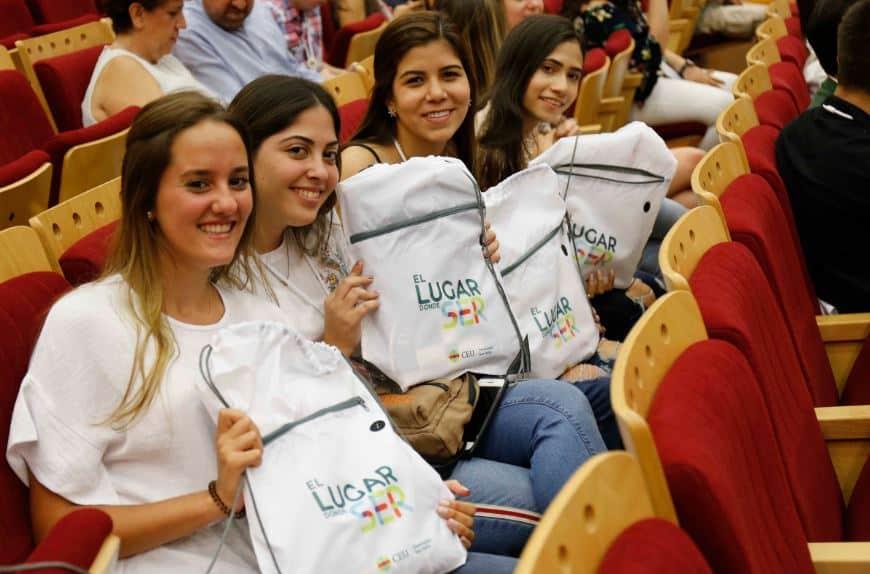 alumnos internacionales
