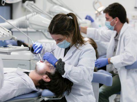 10 razones para estudiar el Grado en Odontología en el CEU